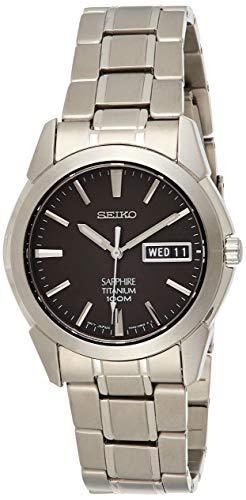 Pulsar Herren Analog Quarz Uhr mit Titan Armband SGG731P1